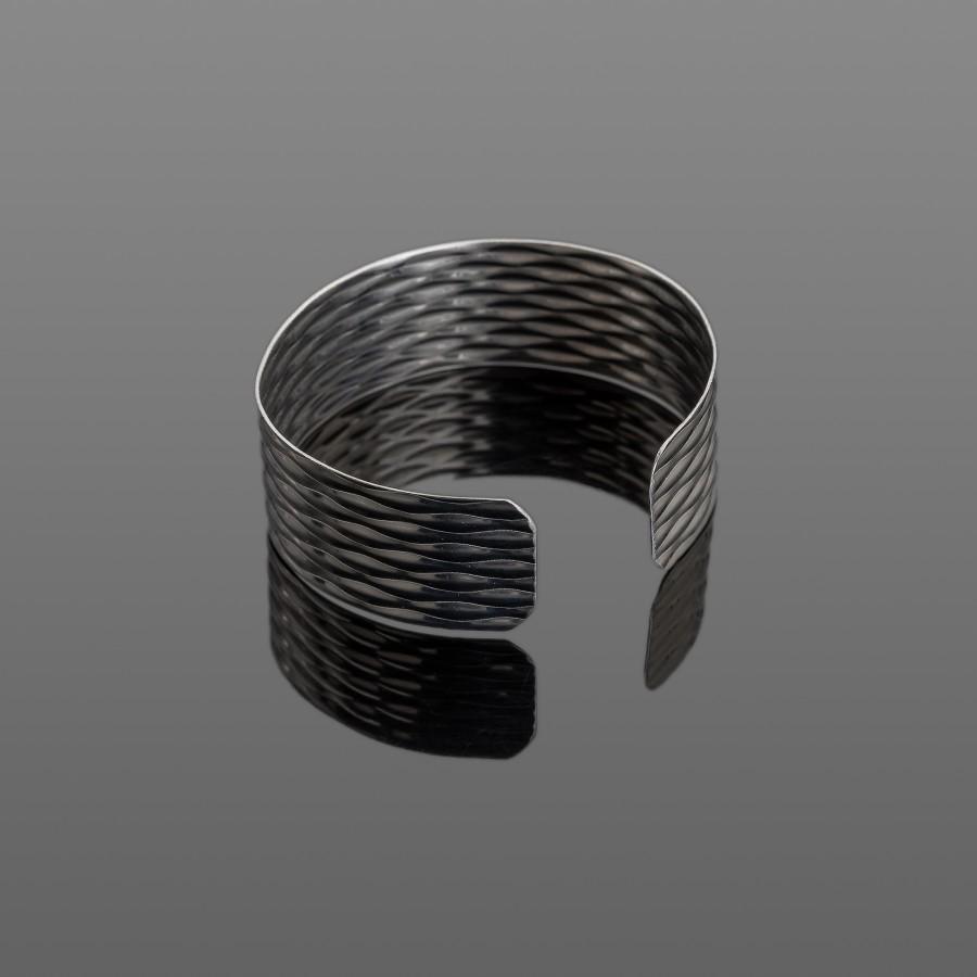 Lengva nerūdijančio plieno apyrankė su raštu 20 mm