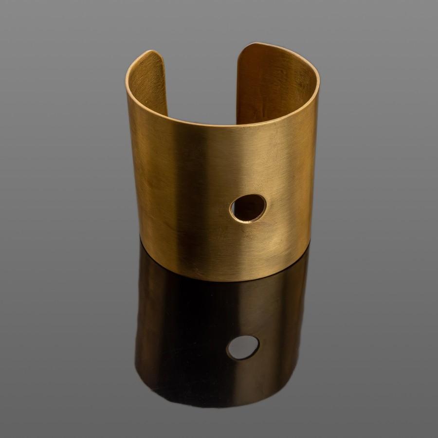 Masyvi išskirtinė žalvario apyrankė 63 mm