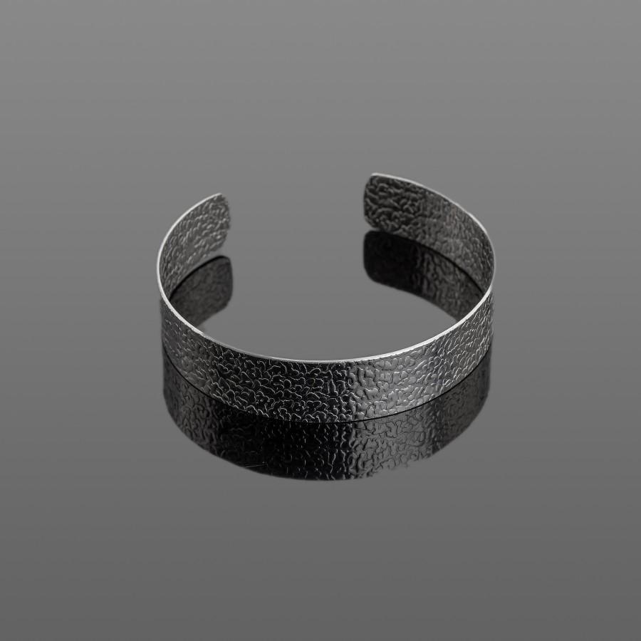 Siaura nerūdijančio plieno apyrankė su raštu 15 mm